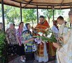 В день памяти Жен Мироносиц настоятель храма поздравил всех прихожанок с православным женским днем-Новости