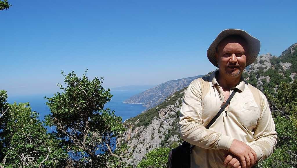 Живописное место по дороге на вершину горы Афон