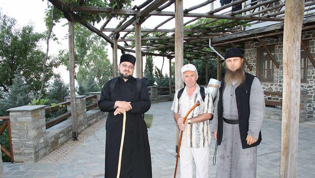 Я, Михаил Павлович и насельник келии иеромонах Викентий