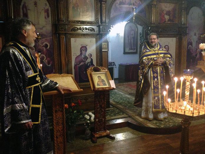 Керчь Храм Святителя Луки Поздравление настоятеля с днем рождения